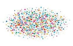 O arco-íris brilhante colorido colore papéis redondos dos confetes ovais da nuvem isolados no fundo branco Molde do aniversário Imagens de Stock Royalty Free