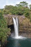 O arco-íris cai em Havaí fotografia de stock royalty free