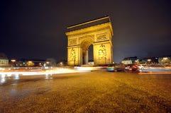 O arco De Triunfo na noite foto de stock royalty free