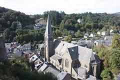O Ardenne no lugar La Roche em Bélgica imagem de stock royalty free