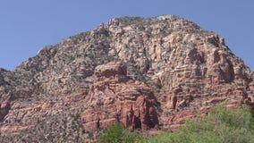 O Arizona, Sedona, opinião de A do montículo do Capitólio, igualmente conhecida como a montanha do trovão vídeos de arquivo