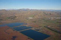 O armazenamento Ponds perto de Blenheim, NZ Imagem de Stock