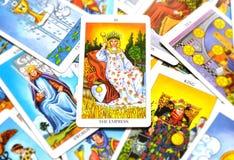 O arquétipo feminino serindo de mãe da mulher da Mãe Terra da mãe do cartão de tarô da imperatriz ilustração royalty free