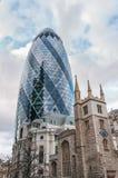 O arranha-céus do pepino em Londres Fotos de Stock