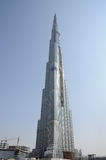 O arranha-céus o mais alto Burj Dubai do mundo foto de stock royalty free