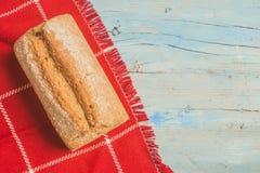O artesão soletrou o pão da farinha Imagem de Stock Royalty Free
