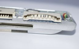 o artigo básico da eletrônica quebrado prende os micro pinos plásticos fotografia de stock royalty free