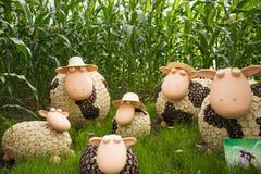 O asiático China, Pequim, ¼ ŒSheep de Carnivalï da agricultura, cresce rapidamente animal dos desenhos animados da pasta Imagens de Stock