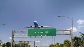 O avião decola Kralendijk fotografia de stock royalty free
