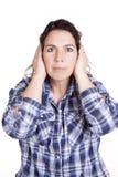 O azul da expressão da mulher entrega as orelhas Fotos de Stock