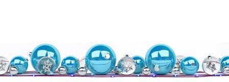 O azul e as quinquilharias do White Christmas alinharam a rendição 3D Fotografia de Stock