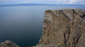 O Baical, vista do cabo Khoboy imagem de stock