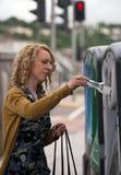 O banco do frasco recicl Imagem de Stock