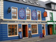 O bar de John Benny Moriarty, Dingle, Irlanda Fotografia de Stock