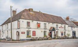 O bar vermelho do leão, Arlingham, Inglaterra, imagens de stock royalty free