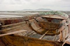 O barco do pescador idoso Fotografia de Stock