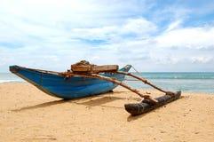 O barco do Sri Lanka tradicional fotografia de stock