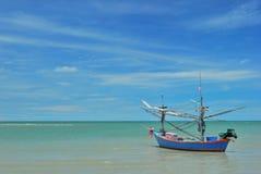 O barco e o mar Fotos de Stock Royalty Free
