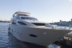 O barco na amarração Fotografia de Stock