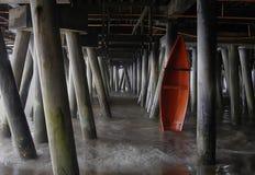 O barco vermelho Imagens de Stock Royalty Free