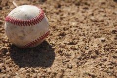O basebol solitário Imagens de Stock