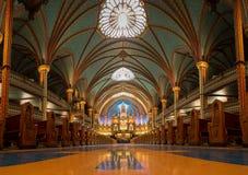 Uma vista da basílica de Notre-Dame em Montreal, Quebeque, Canadá imagem de stock royalty free