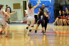 O basquetebol das mulheres do NCAA Fotografia de Stock
