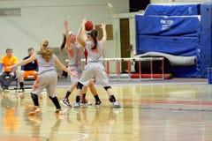 O basquetebol das mulheres do NCAA Imagem de Stock Royalty Free