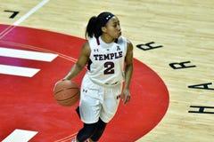 2015 o basquetebol das mulheres do NCAA - templo contra o estado de Delaware Imagens de Stock Royalty Free