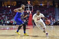 2015 o basquetebol dos homens do NCAA - Delaware no templo Fotografia de Stock Royalty Free