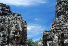 Caras de pedra em Bayon, templos de Angkor, Cambodia Fotografia de Stock