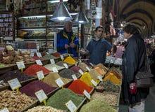O bazar da especiaria no distrito de Eminonu de Istambul de Turquia Fotografia de Stock