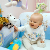 O bebê senta-se primeiramente Foto de Stock Royalty Free