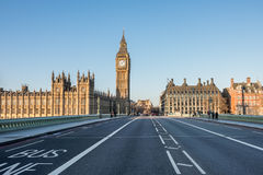 O Ben grande e as casas do parlamento em Londres Foto de Stock