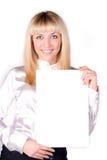 O blonde bonito é formulário da terra arrendada Fotos de Stock