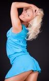O blonde bonito está levantando Imagens de Stock Royalty Free