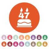 O bolo de aniversário com velas sob a forma do ícone do número 47 símbolo do aniversário liso Fotos de Stock