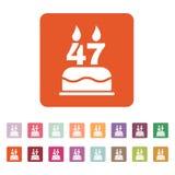 O bolo de aniversário com velas sob a forma do ícone do número 47 símbolo do aniversário liso Fotografia de Stock Royalty Free