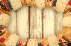 O bolo do esmagamento, reis endurece, Rosca de Reyes Imagem de Stock