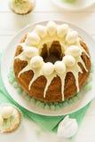 O bolo vitrificado da Páscoa decorou ovos de doces Foto de Stock Royalty Free