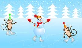 O boneco de neve alegre e dois macacos patinam no gelo ilustração royalty free
