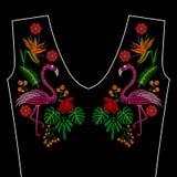 O bordado costura com pássaro do flamingo, flores selvagens tropicas para Fotografia de Stock