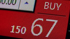 O botão da compra no mercado dos estrangeiros cita a placa do relógio - fim financeiro da tela dos dados comerciais da qualidade  video estoque