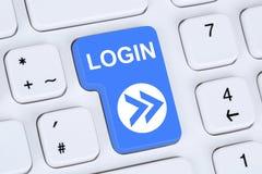 O botão do início de uma sessão submete-se no computador Imagens de Stock