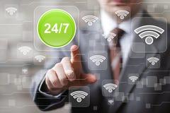 O botão do negócio 24 horas presta serviços de manutenção ao sinal do wifi da Web Foto de Stock