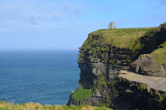 O'Briens Turm auf den Klippen von Moher Stockfotos