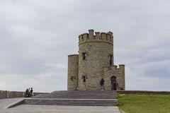 O'Briens Turm nahe dem Naturwunder - Klippen von Moher Stockfoto