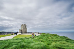 O ` Briens wierza przy falezami Moher, Irlandia Zdjęcie Stock