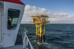 O Brigantine BG desvirilizou a opinião da plataforma do gás do navios de comparecimento Imagens de Stock