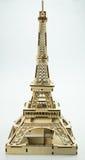 O brinquedo do papel da torre Eiffel Foto de Stock Royalty Free